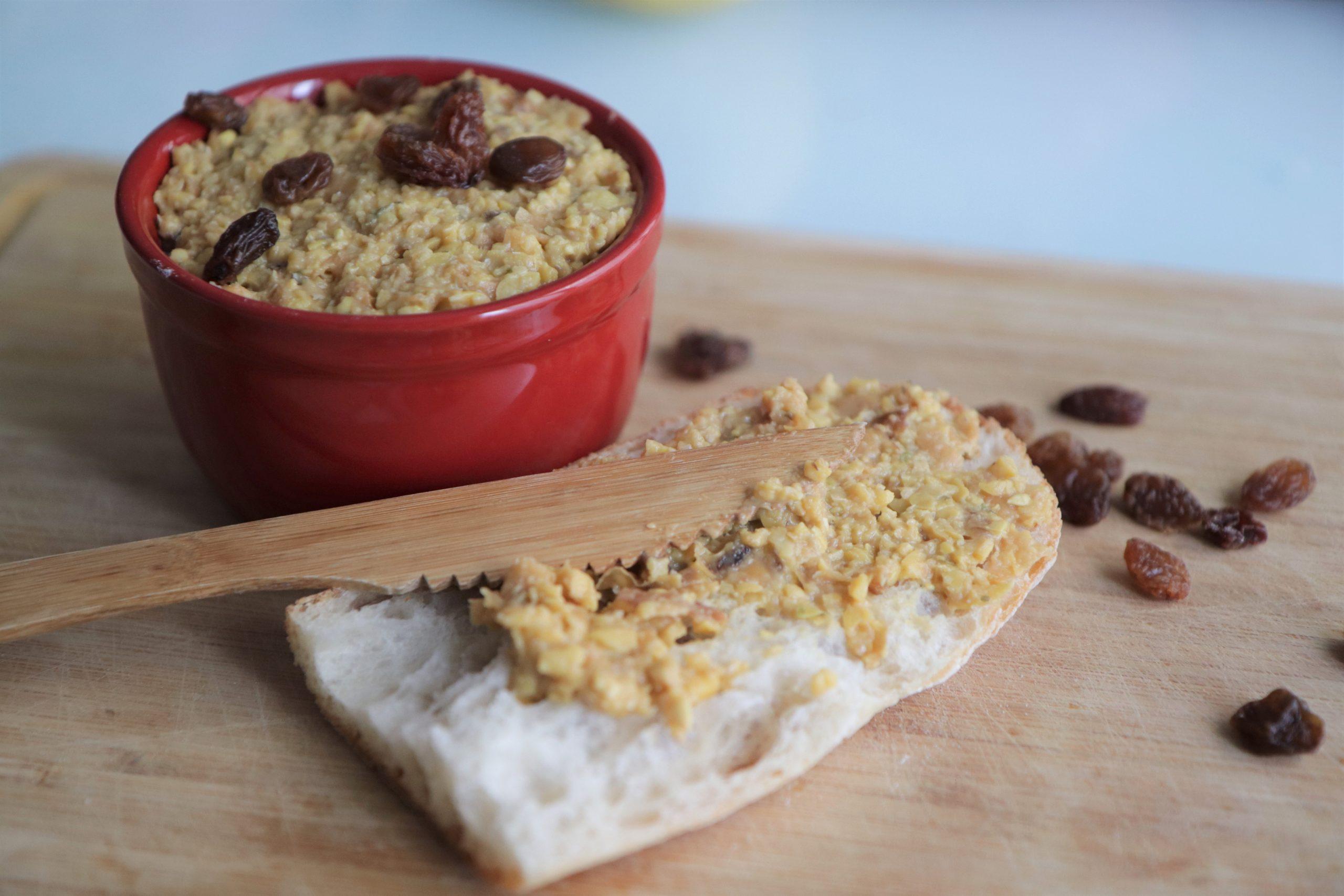 Pâté végétal rapide aux lupins et raisins secs