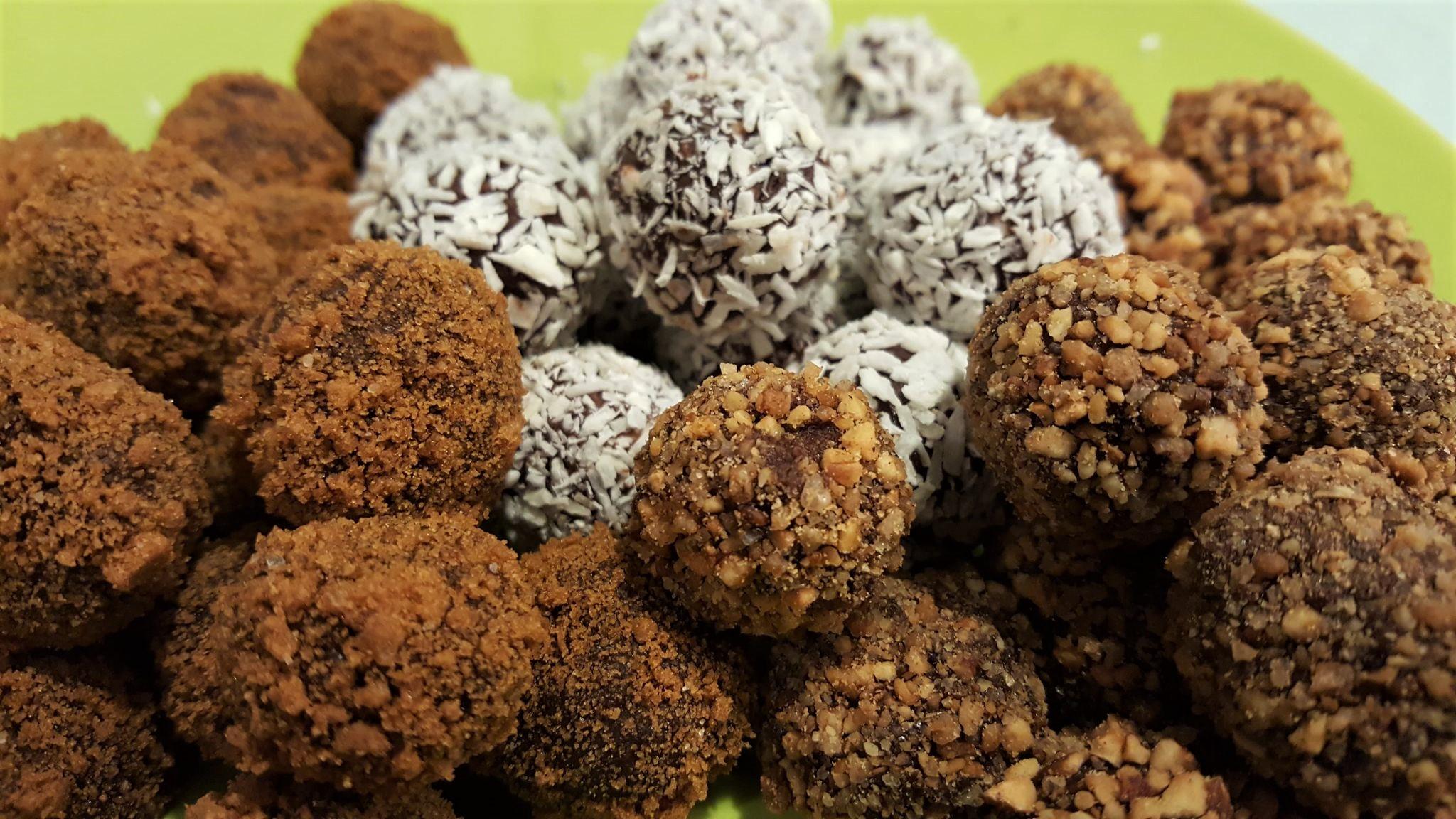 Truffes en chocolat : spéculoos, pralin et coco